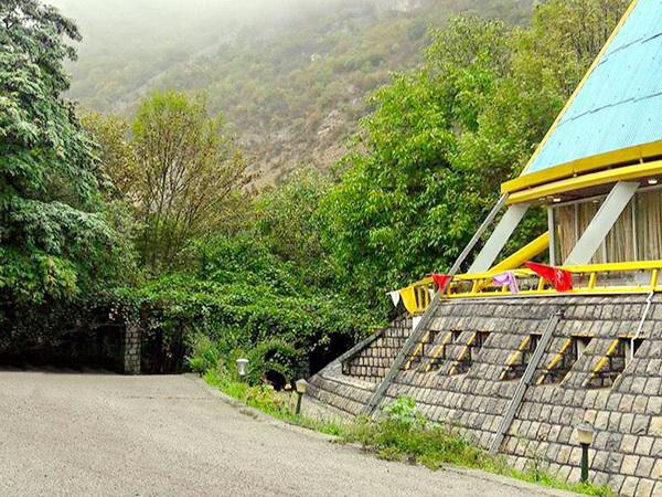 هتل باغ چمن رودبارک