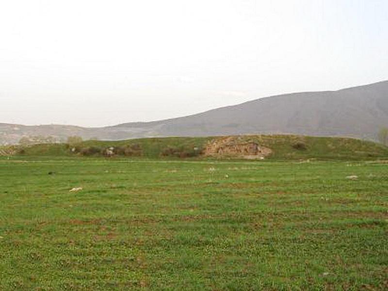 تصویر تپه کلار از سمت غرب